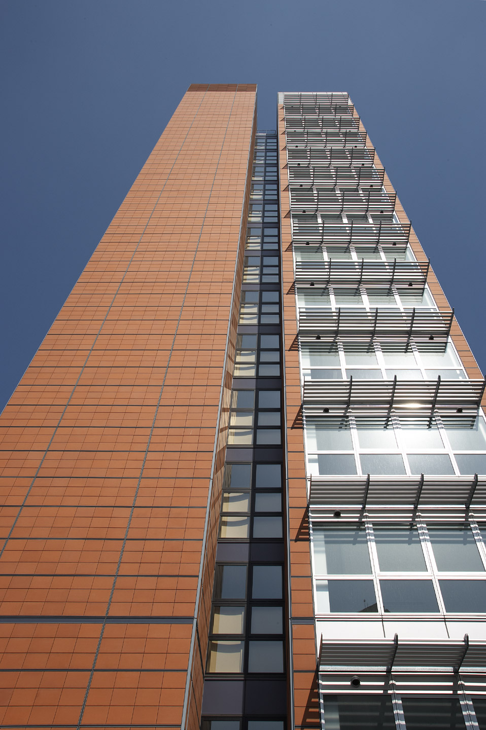 Ventilated Terracotta Cladding Grips